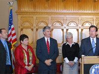 From left: Ed Cmte Co-Chairs Rep. Fleischmann, Sen. Stillman, Senate Pres Pro Tem Williams, Lt. Gov. Wyman, Gov. Malloy, Speaker of the House Donovan